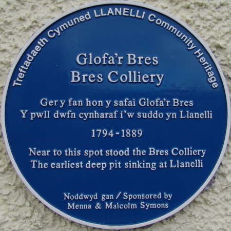 Bres Colliery blue plaque