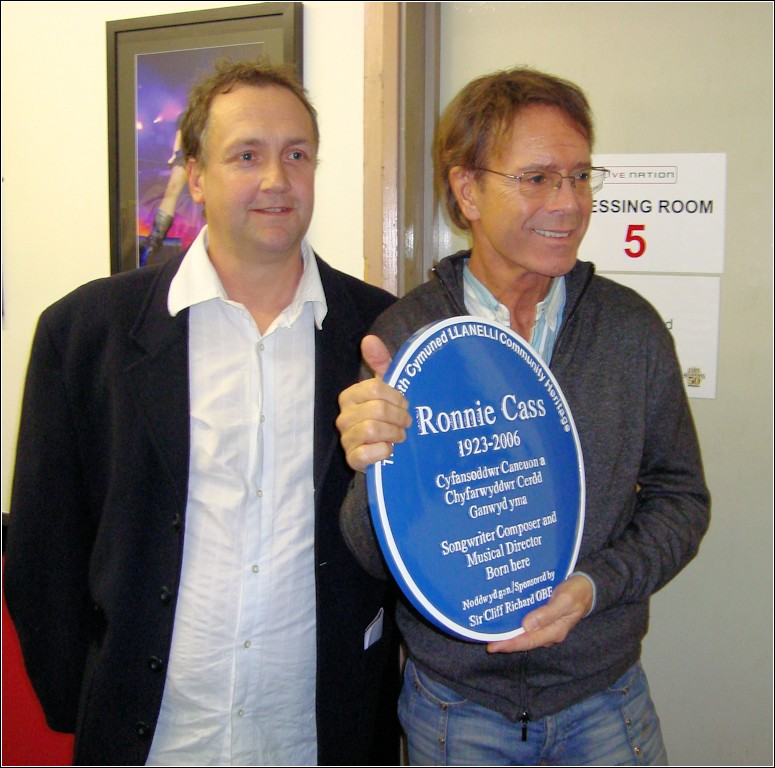 Sir Cliff Richard with Paul Brookfield, owner of the Metbar Llanelli